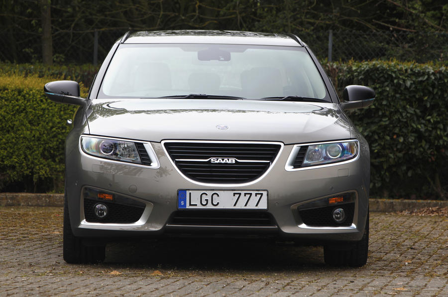 Saab sells shares to pay workers