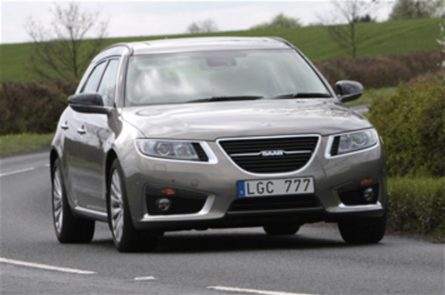 Saab sales 'bottom out'
