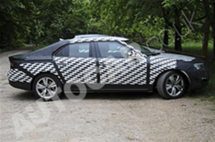 Saab 9-5 spied in final tests