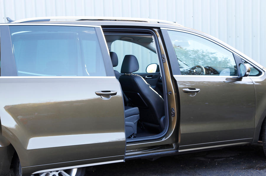 Seat Alhambra rear sliding door