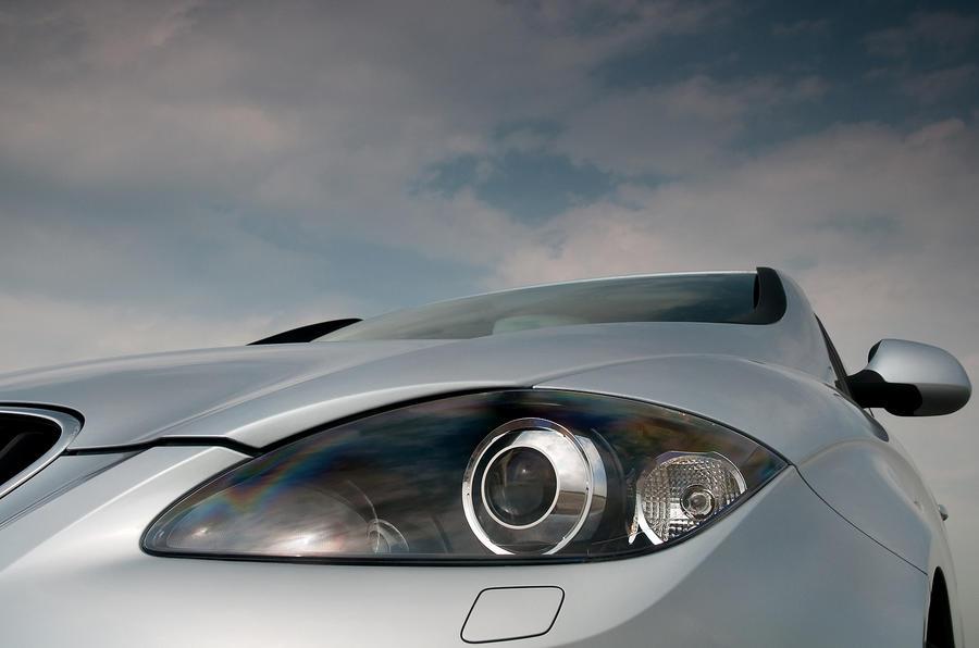 Seat Altea headlight