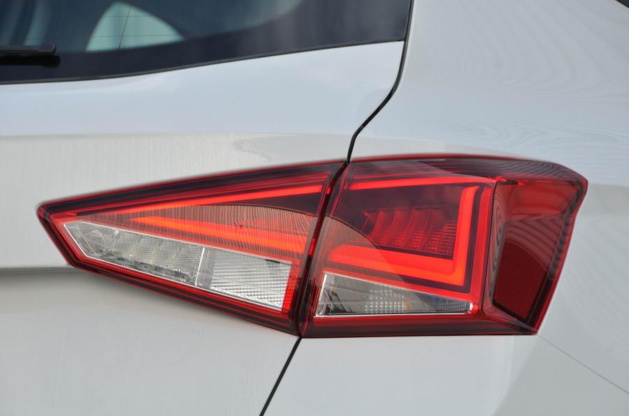 Seat Arona rear lights