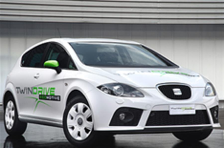 Seat unveils hybrid concept