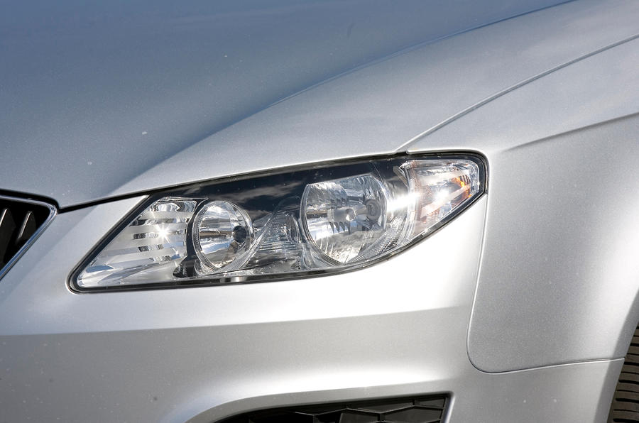 Seat Exeo headlight