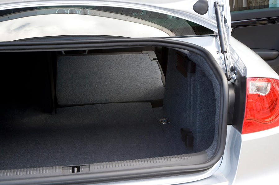Seat Exeo boot space