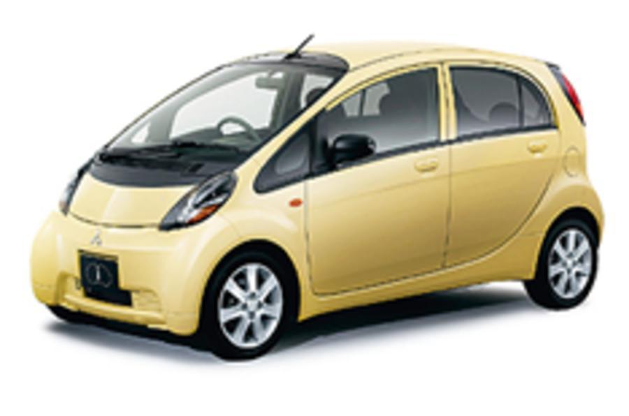 Mitsubishi takes on the Toyota iQ