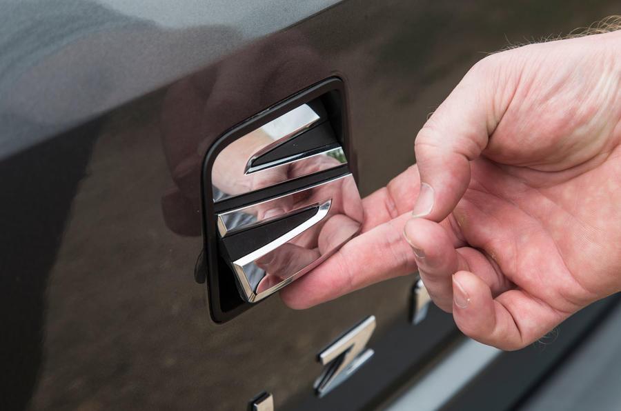 Seat Ibiza boot handle