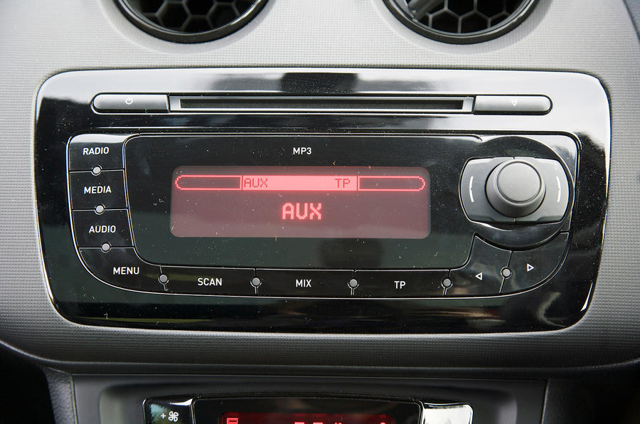 Seat Ibiza Cupra infotainment