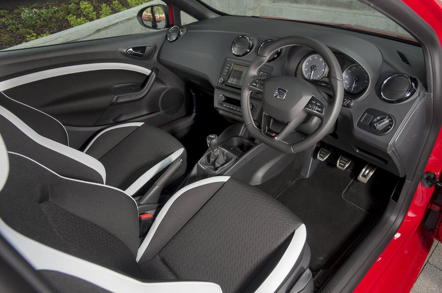 Seat Ibiza Cupra 2009 2017 Interior Autocar