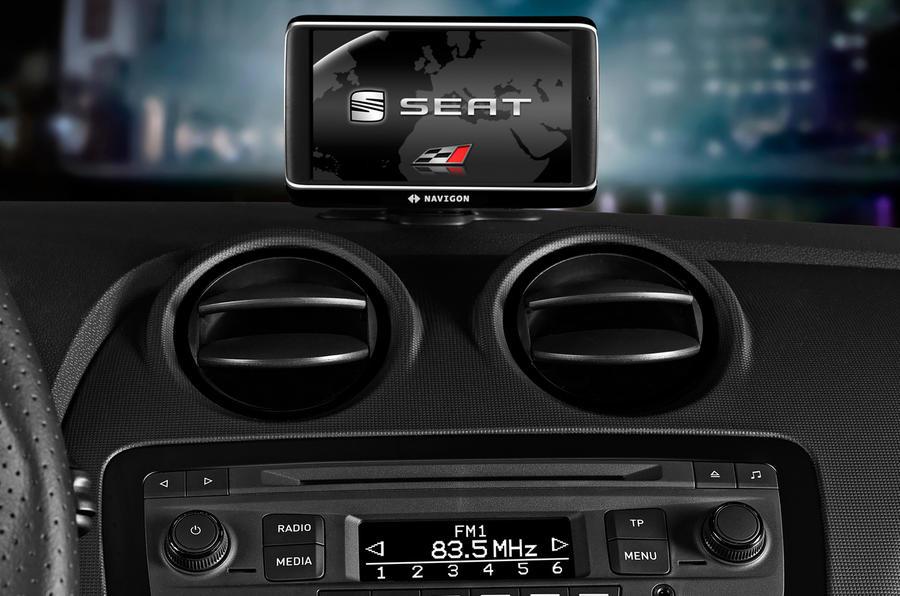 Seat Ibiza Cupra centre console