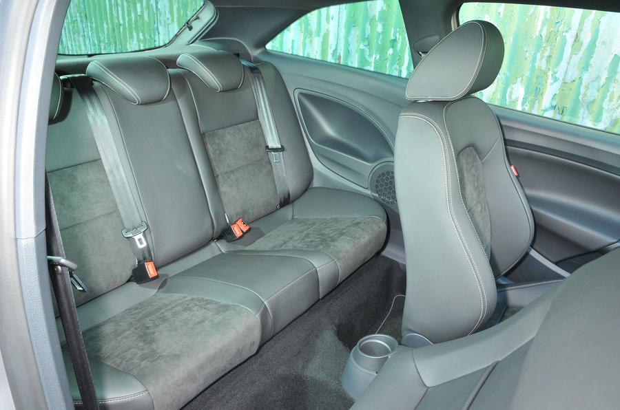 seat ibiza interior autocar. Black Bedroom Furniture Sets. Home Design Ideas