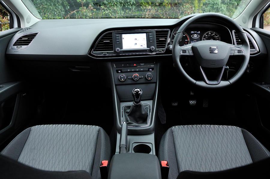 Seat Leon 1.6 TDI SE dashboard