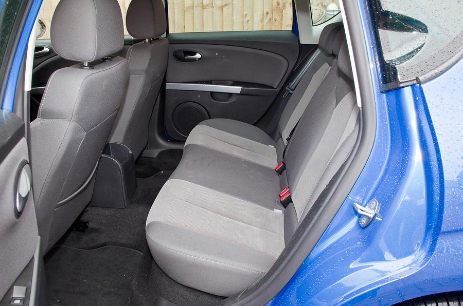 Seat Leon rear seat