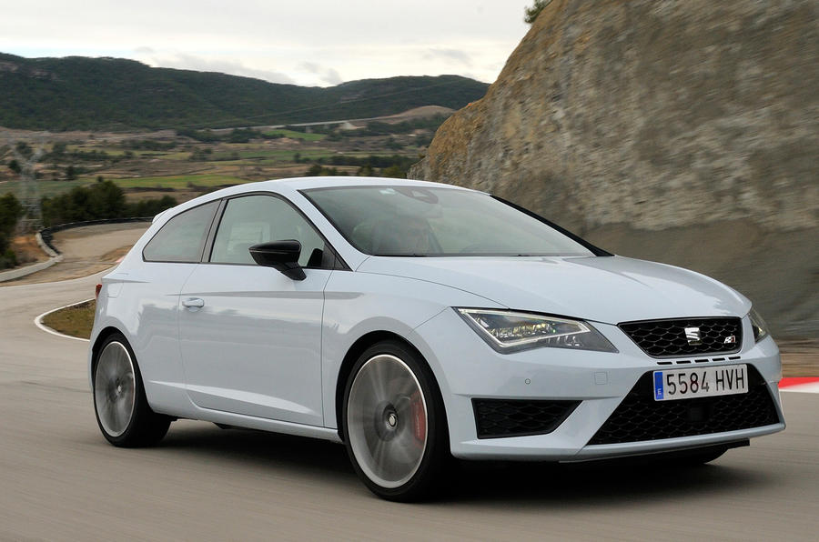 Quick news: Leon Cupra 'Ring record; Ford Ecosport Facebook sales