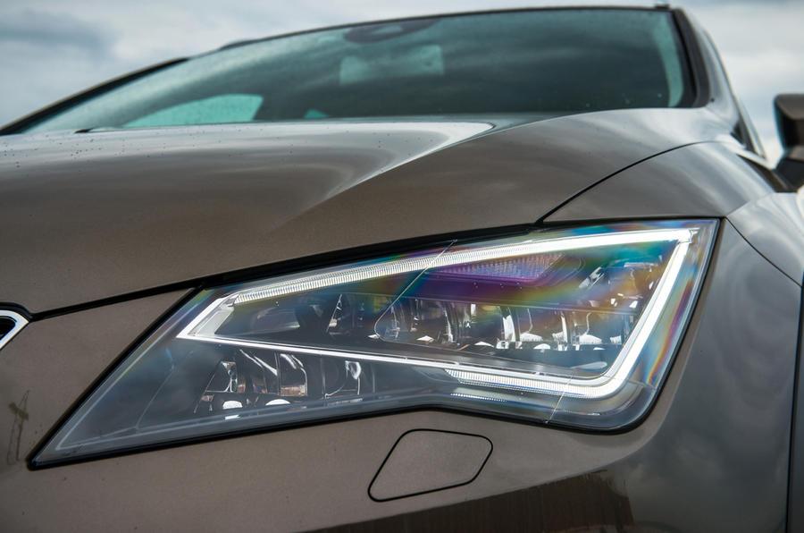 Seat Leon X-Perience LED headlights