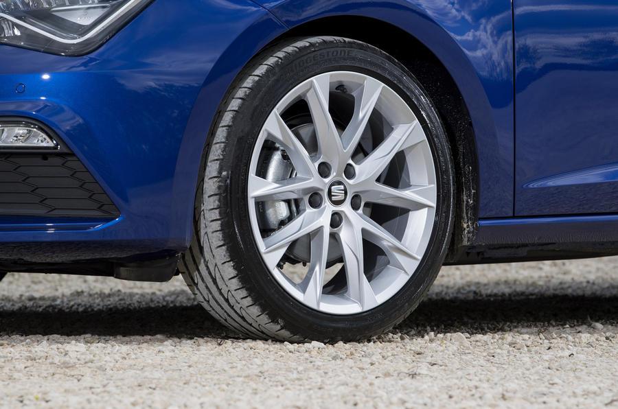 Seat Leon 5dr hatch alloy wheels