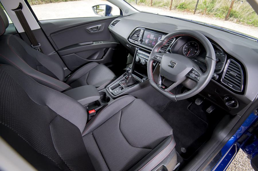 Seat Leon 5dr hatch interior
