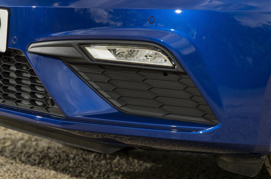 Seat Leon 5dr hatch LED foglights