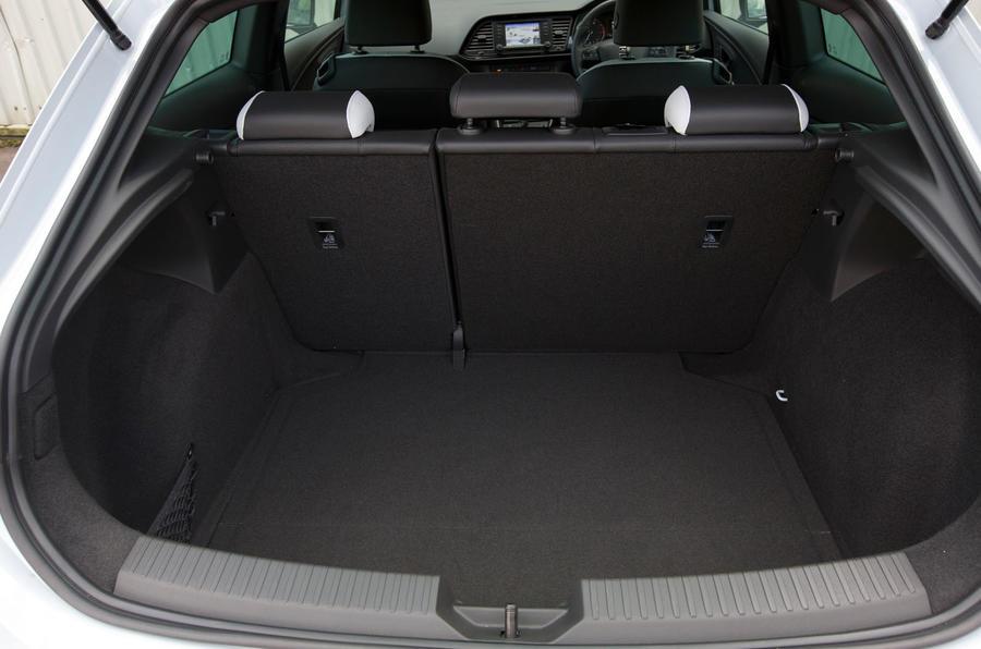 Seat leon cupra interior autocar for Seat ibiza cupra interior