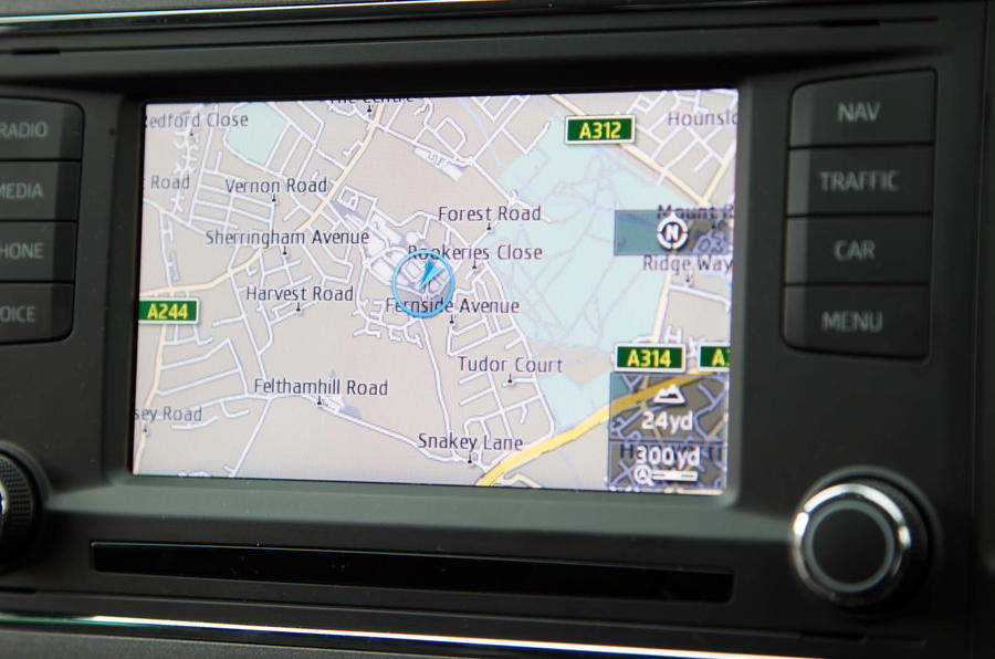 Seat Leon SC infotainment system