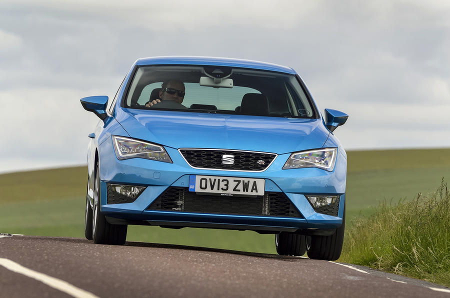 seat leon sc 1 2 tsi first drive. Black Bedroom Furniture Sets. Home Design Ideas