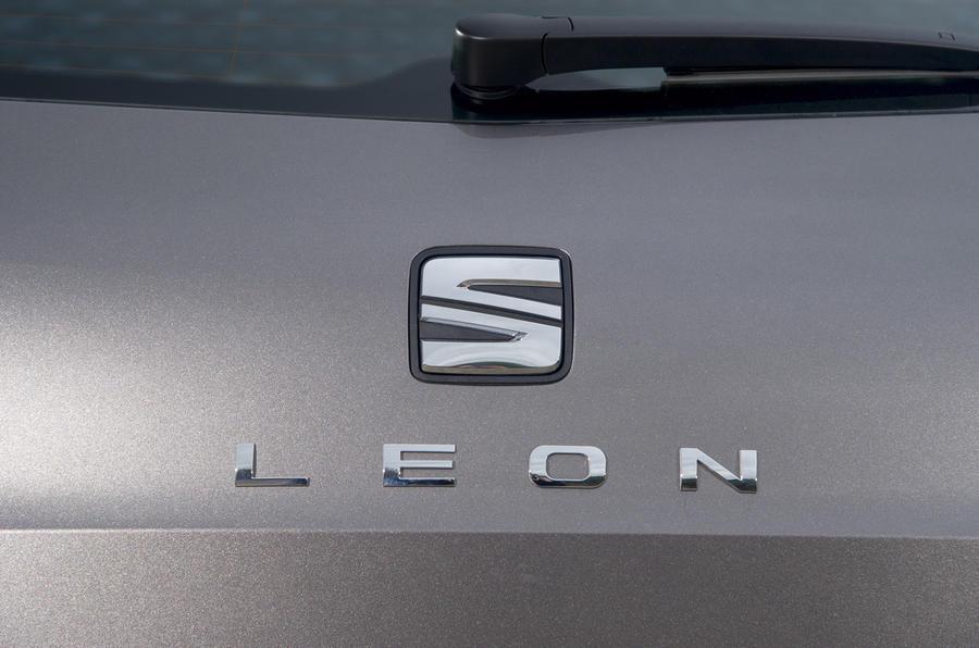 Seat Leon ST badging