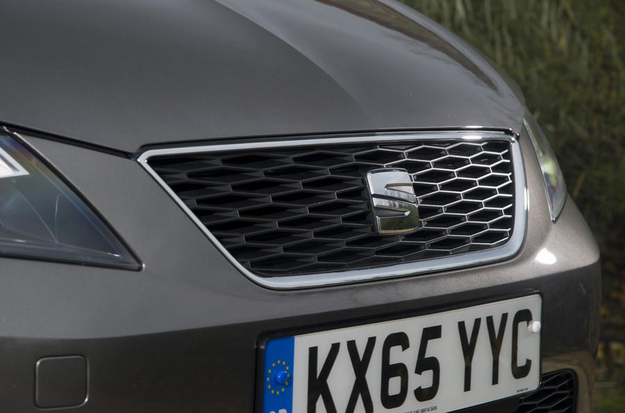 Seat Leon ST front grille