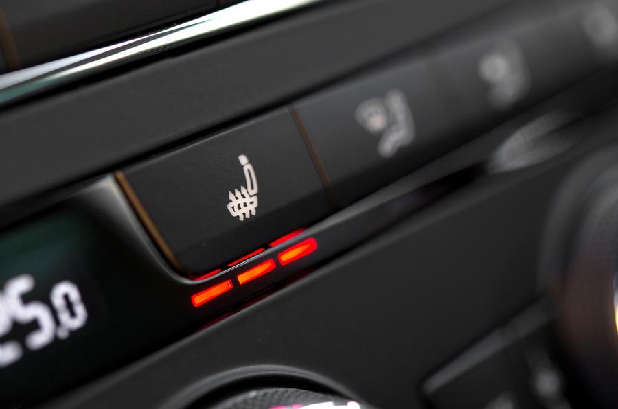 Seat Leon ST heated seats