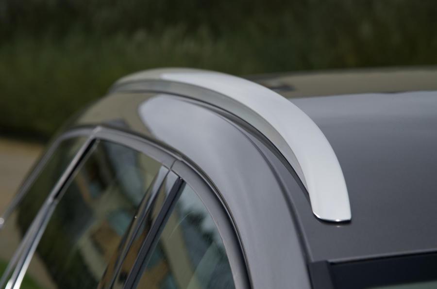 Seat Leon ST roof rails