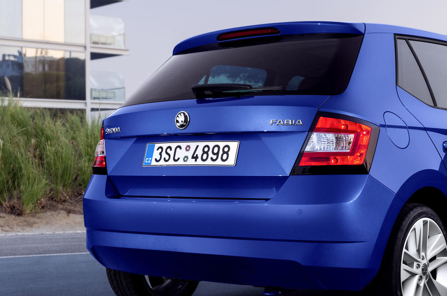 2014 skoda fabia 1 4 tdi se first drive. Black Bedroom Furniture Sets. Home Design Ideas