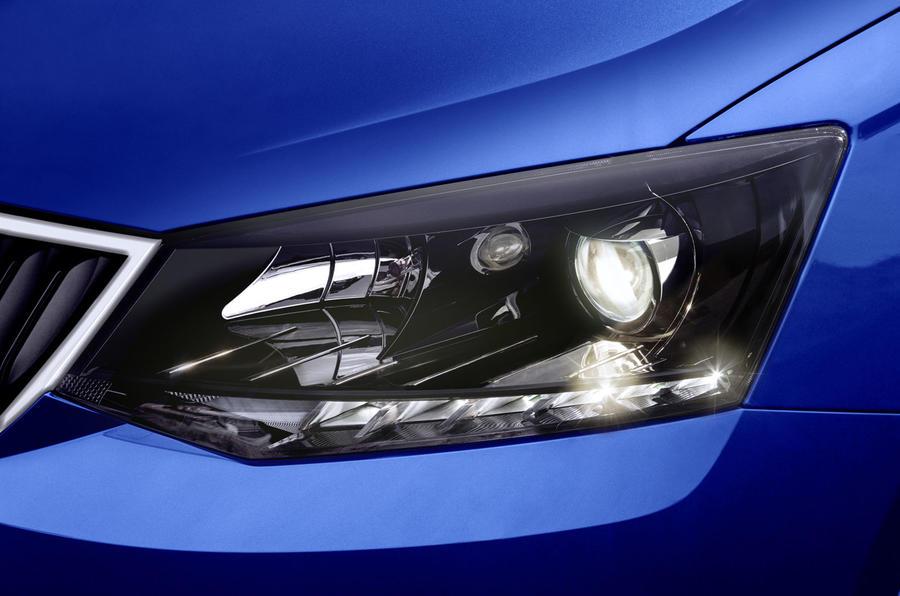 Skoda Fabia headlights
