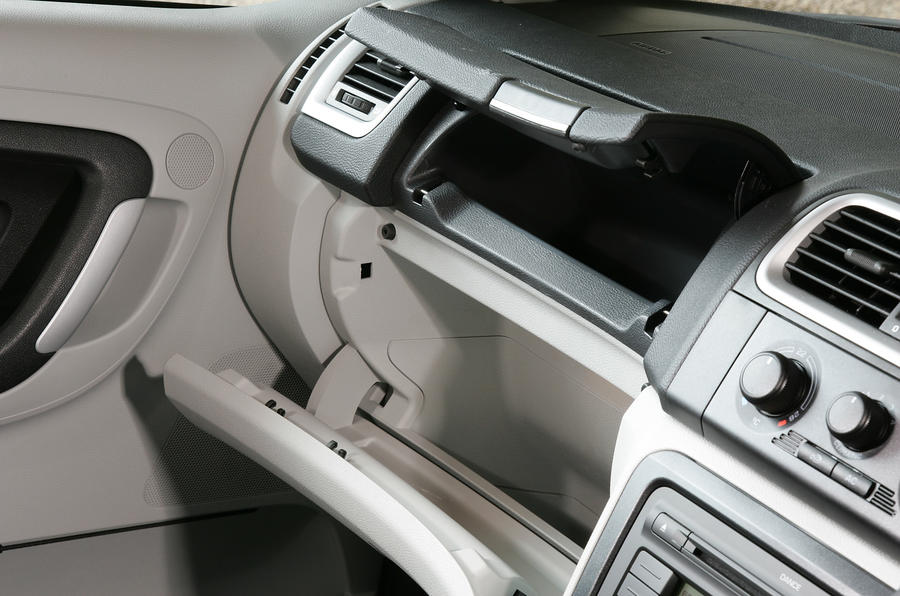 Skoda Fabia glovebox
