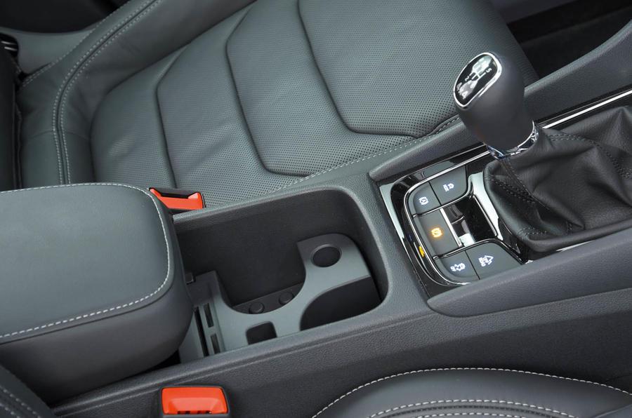 Leasing A BMW >> Skoda Kodiaq Review (2017) | Autocar