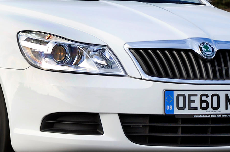 Skoda Octavia xenon headlights