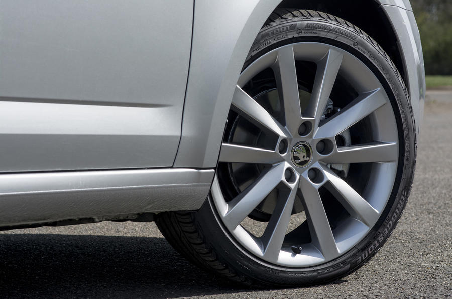 Skoda Octavia alloy wheels
