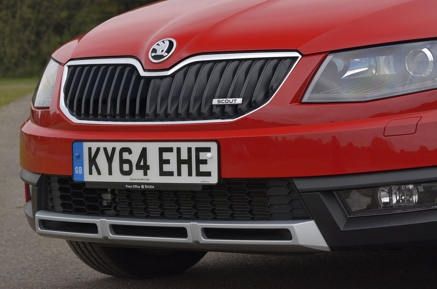 Skoda Octavia Scout front grille