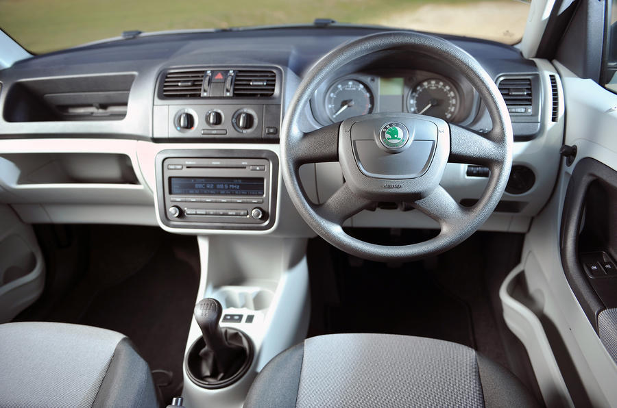 Skoda Roomster Interior Autocar