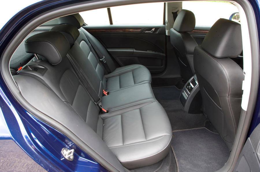 Skoda Superb rear seats