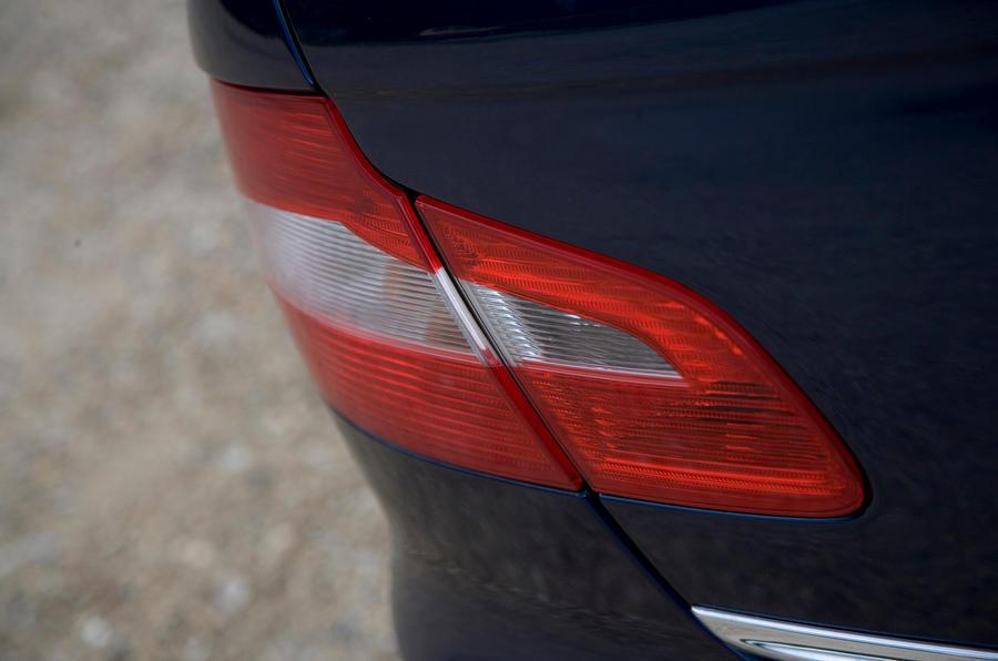 Skoda Superb rear light