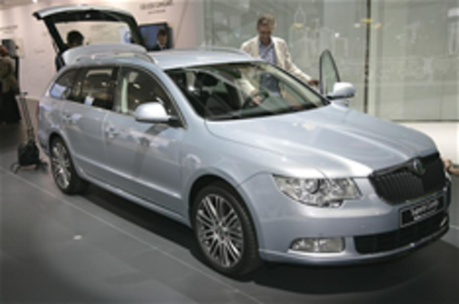 frankfurt show skoda superb estate autocar. Black Bedroom Furniture Sets. Home Design Ideas
