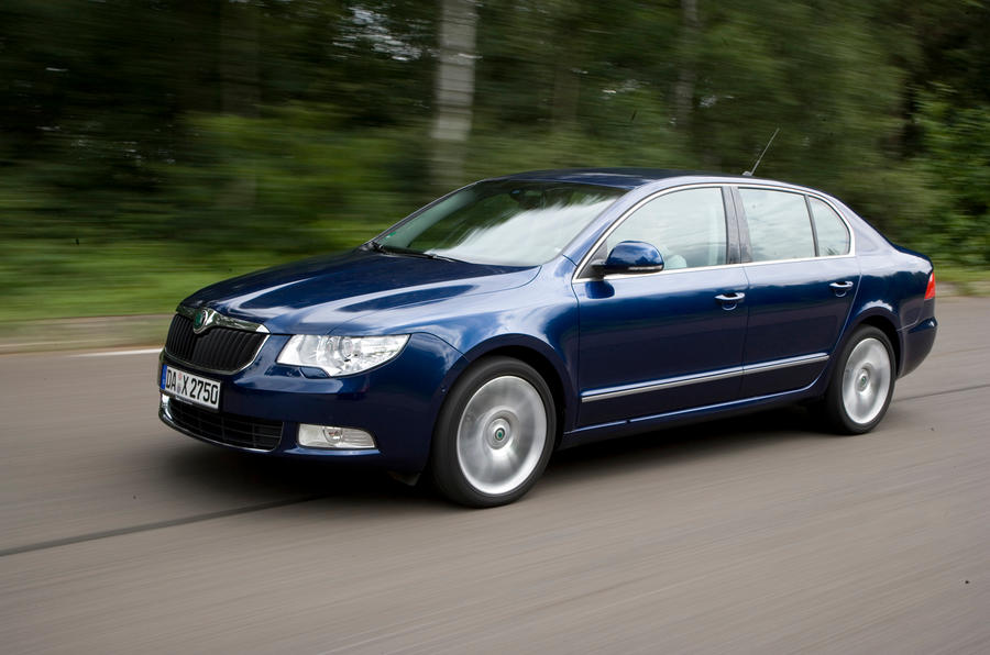 Skoda Superb front quarter