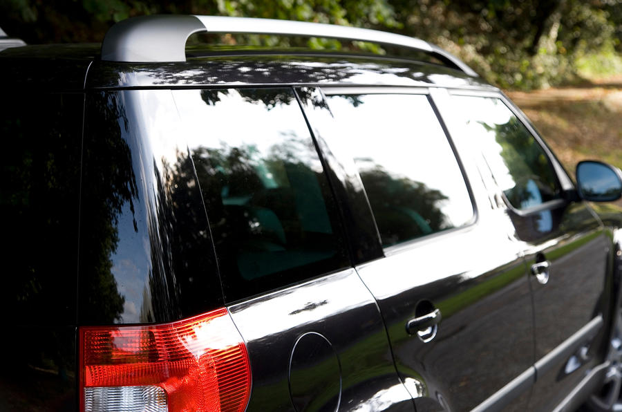 Skoda Yeti blacked out pillars
