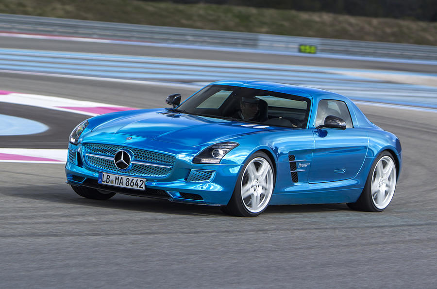 Mercedes-AMG SLS Electric Drive cornering