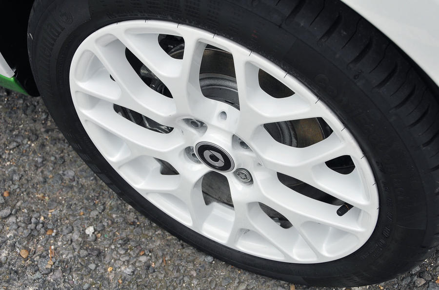 Smart Forfour Electric Drive alloy wheels