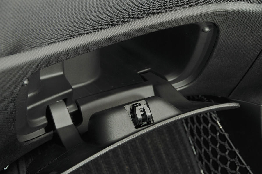 Smart Forfour Electric Drive glovebox
