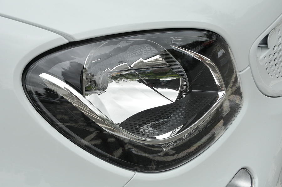 Smart Forfour Electric Drive headlights