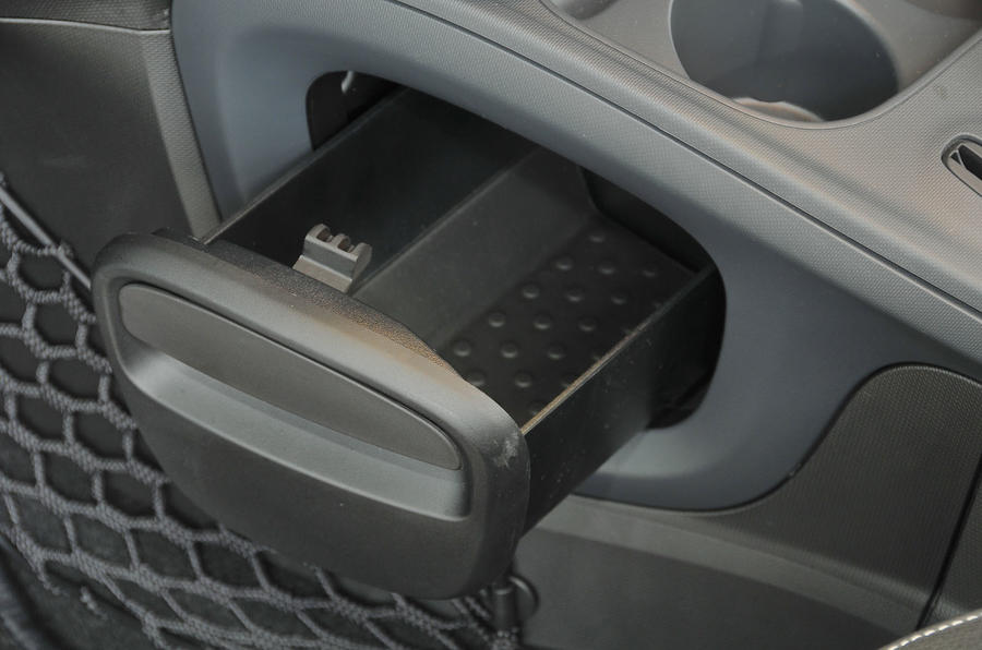 Smart Forfour Electric Drive storage box