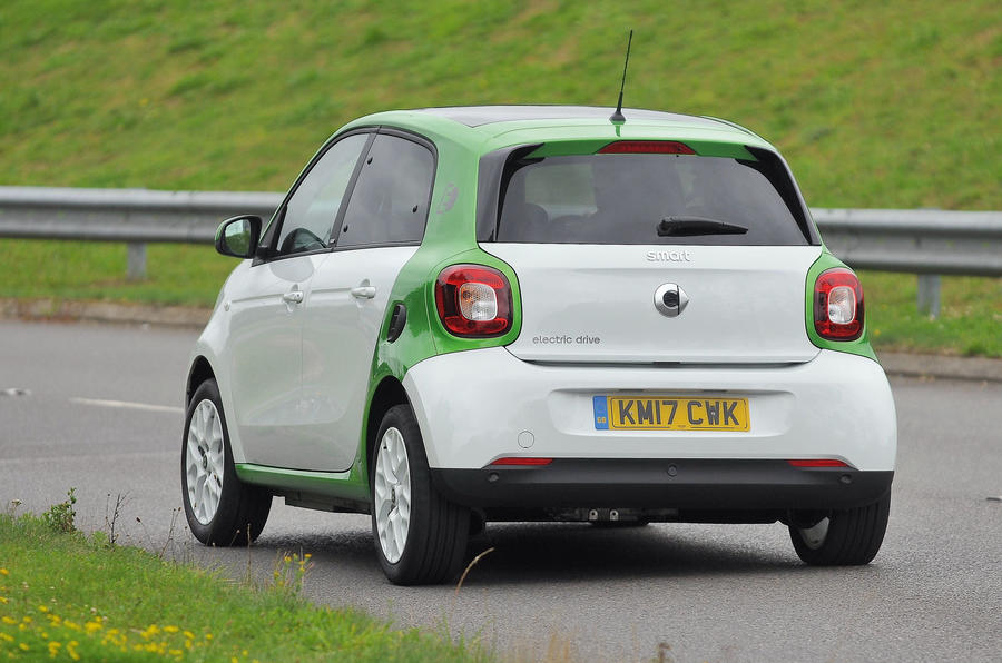 Smart Forfour Electric Drive rear cornering