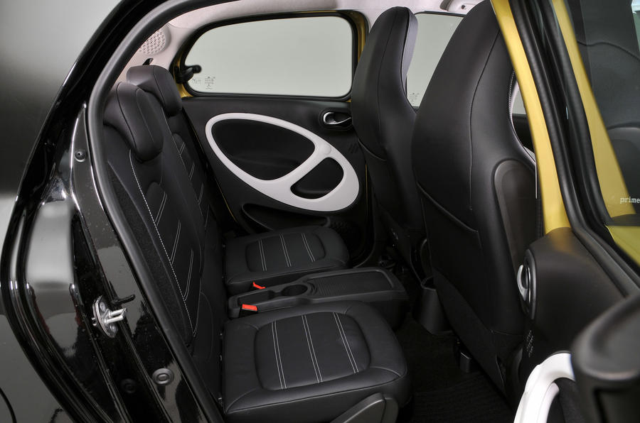 Smart Forfour rear seats