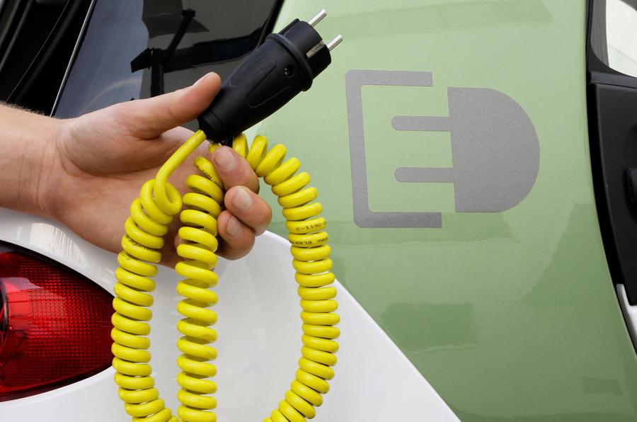 Merc's advanced EV charging tech